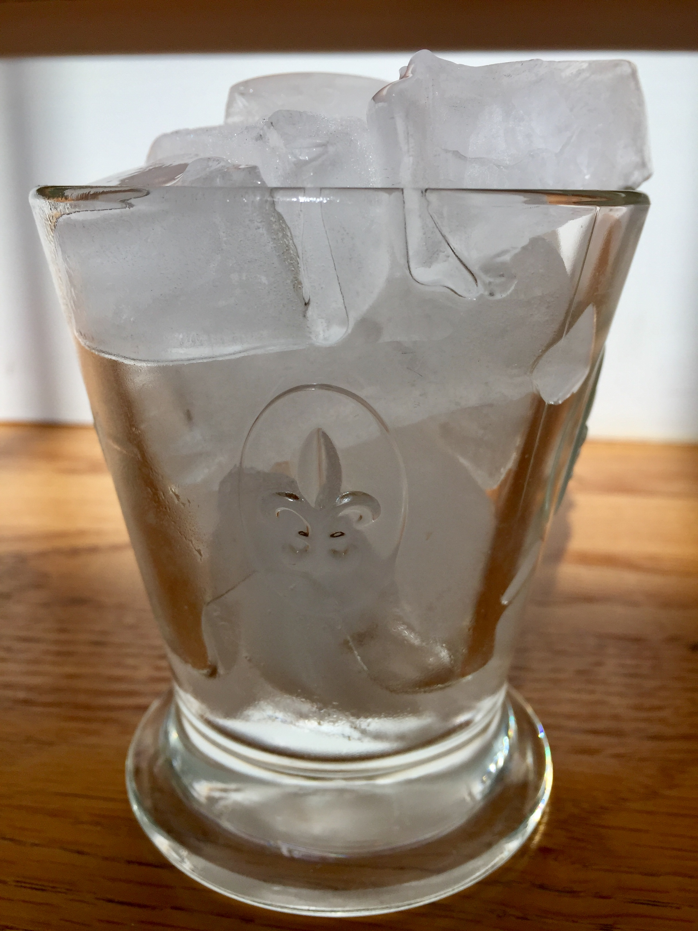 avoid chewing ice, health teeth, Greenville Dental Studio, Greenville, South Carolina